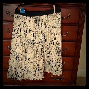 Robert Rodriguez Cream/ Black Pleated Skirt- lined